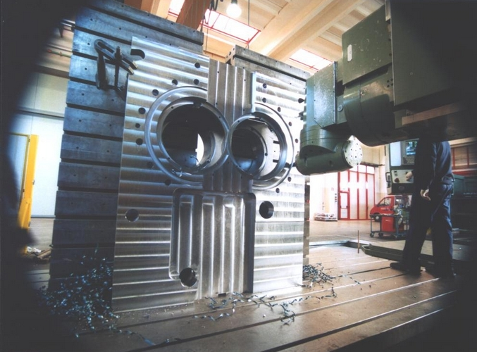 Spalla calandra a 4 cilindri