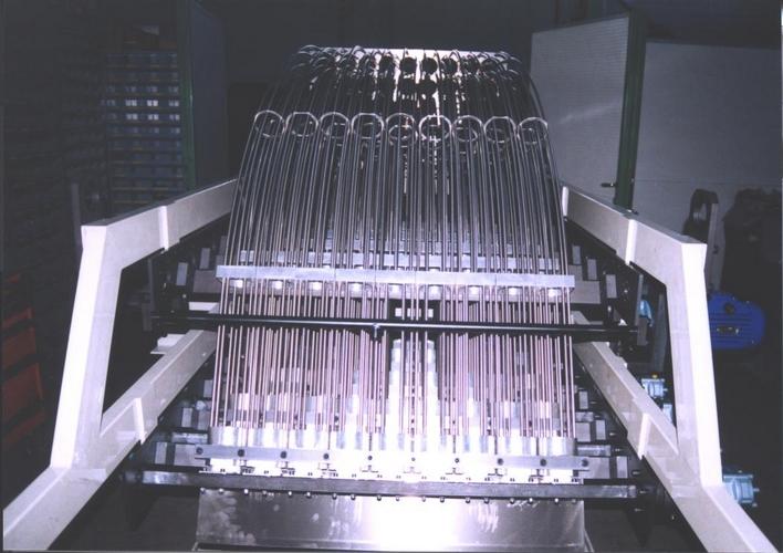 Impilatore per linee termoformatura